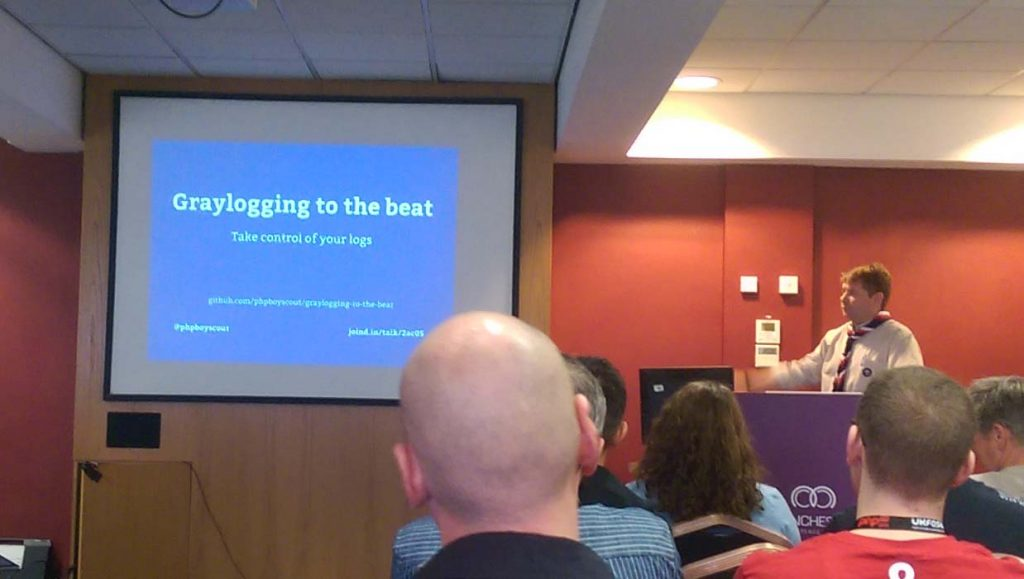 graylogging-to-the-beat-matt-cockayne-phpnw16